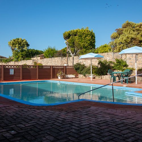Dunant Park communal swimming pool