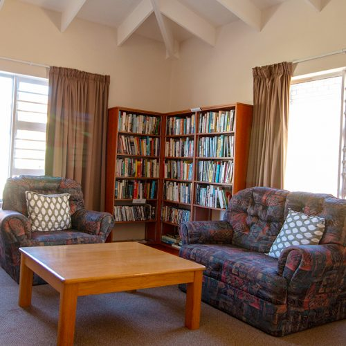 Stanbury Park communal library and lounge