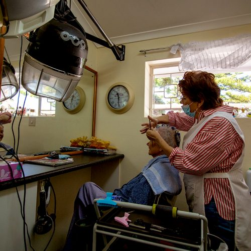 Kruger Gardens communal hair salon