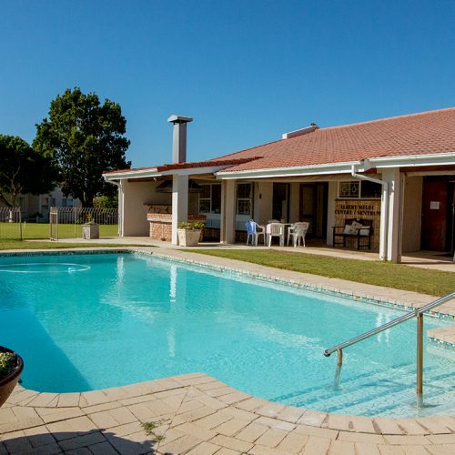 Kruger Gardens communal swimming pool