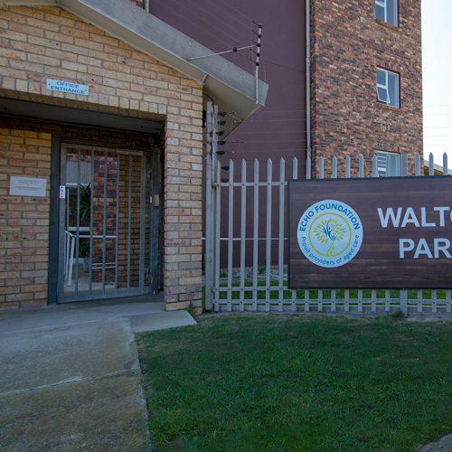 Walter Park entrance