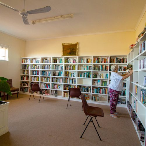 Walter Park communal library